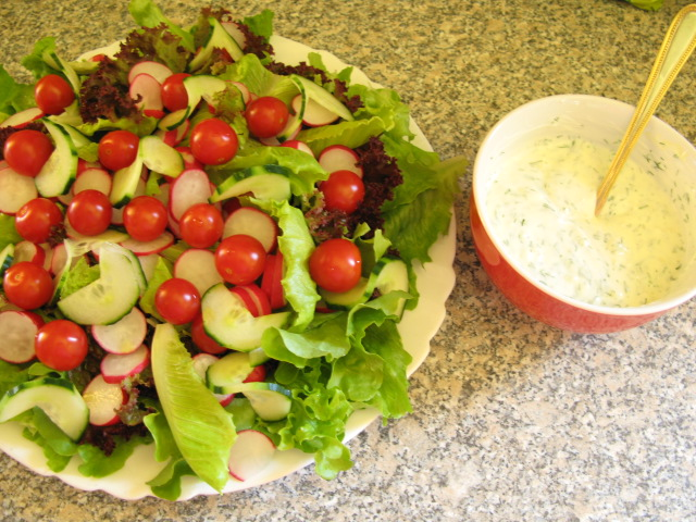 gril. salát