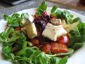salás s gril.zeleninou a hermelínem