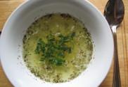 česneková polévka2